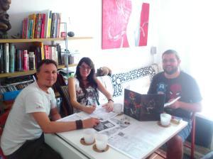 Un momento de la partida: Pablo (Alastor el centauro), Elena (Pelagona la Broo), y Tadevs (un servidor).