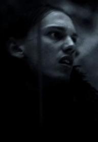Jamie Campbell Bower como Ser Waymar Royce. Un poco elfo, no?